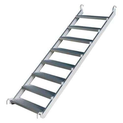 cầu thang giàn giáo