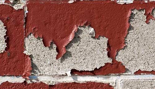 Loại bỏ sơn từ tường bê tông bên trong